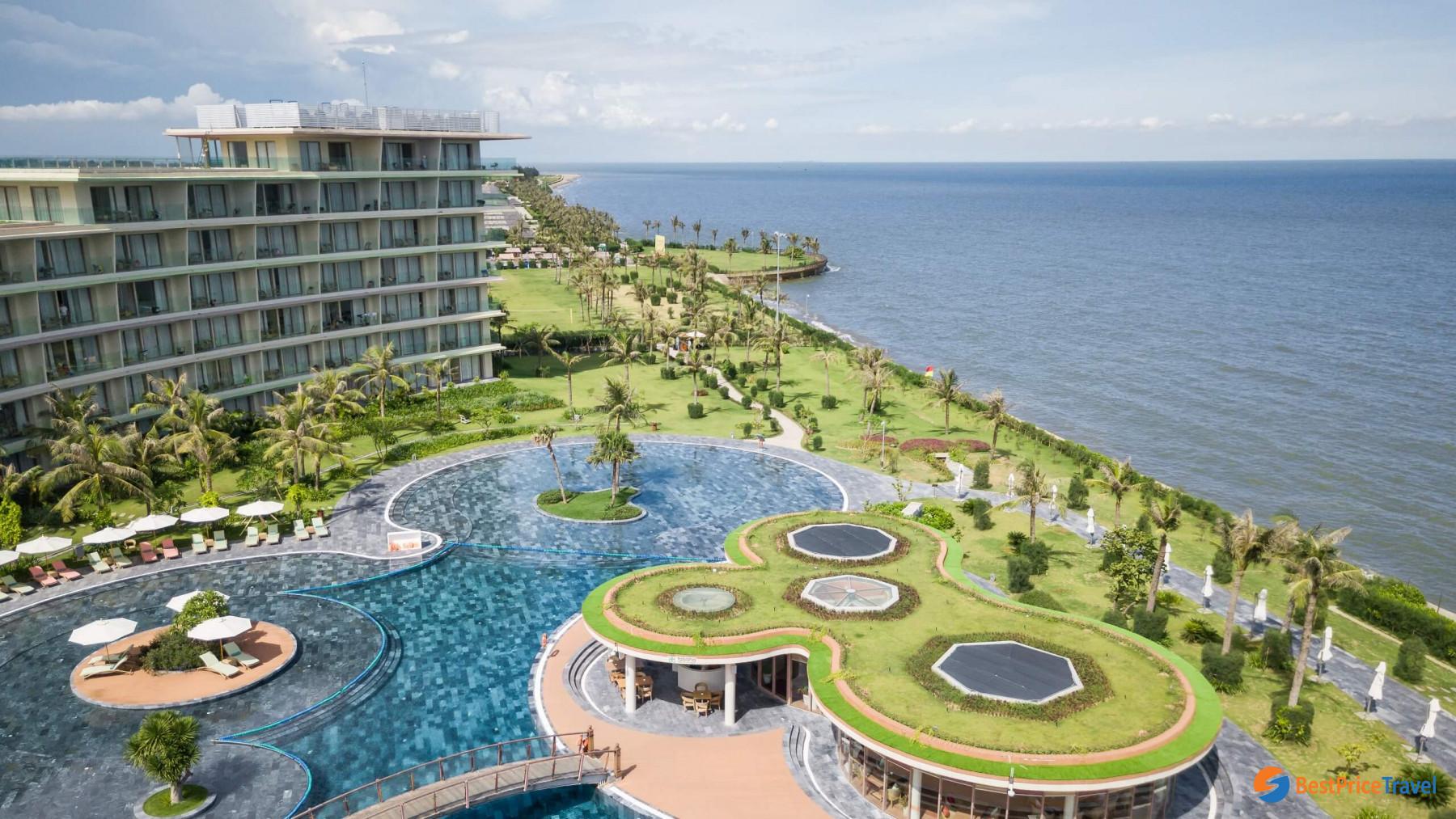 5-Star standard FLC resort