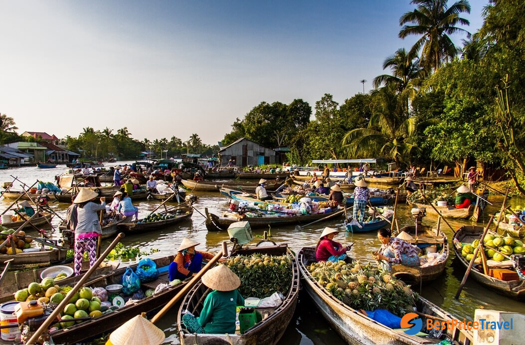 Crowded Mekong River Floating Market - tips for first time visitors when traveling to vietnam