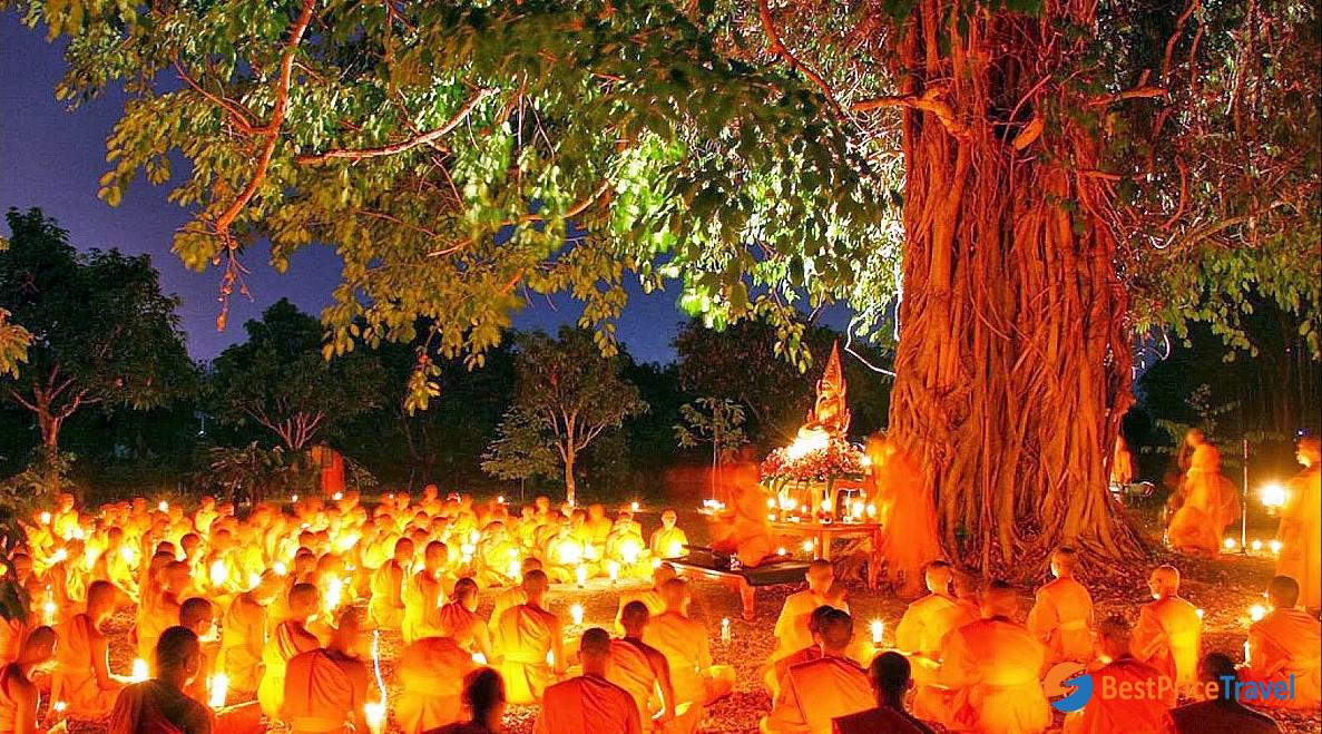 The monks are praying at Khao Phansa Festival