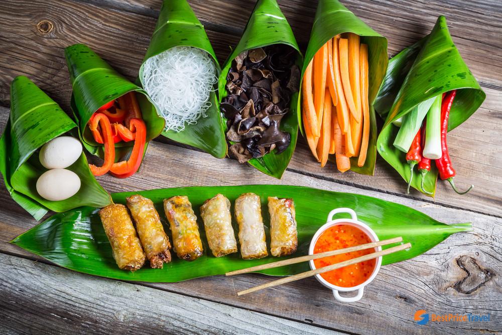 Vietnam traditional cuisine - Halal Food In Halong Bay