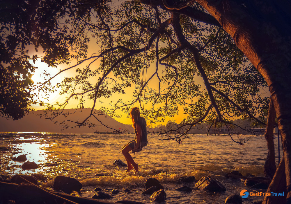 Mesmerizing sunset atKoh Rong Samloem Cambodia