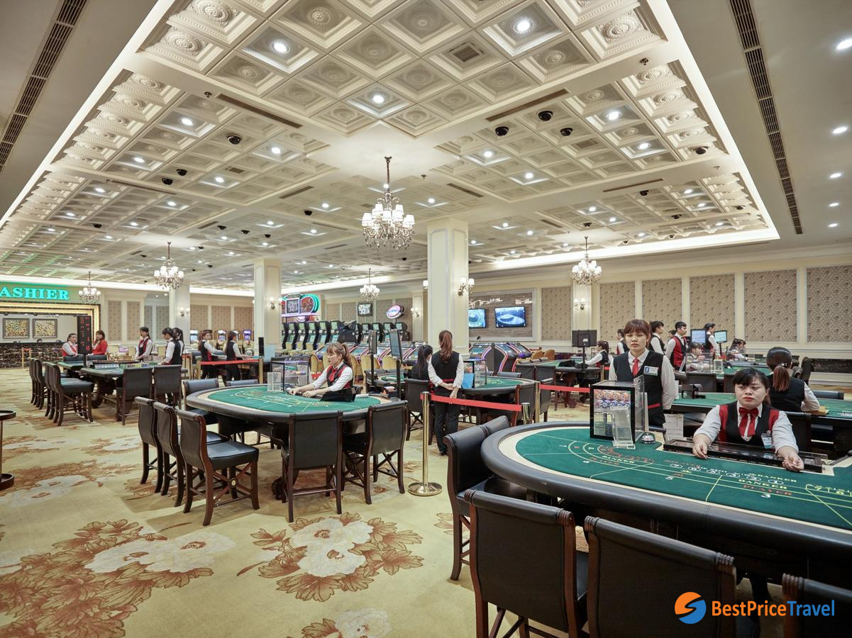 Nightlife Activities in Halong Bay with Casino