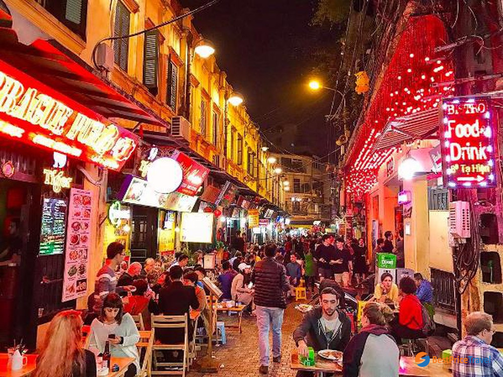 Ta Hien Street - the most crowded food street in Hanoi