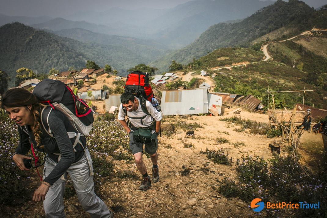 Trekking through Phongsali