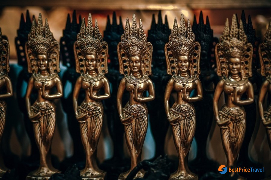 Mini golden Cambodian brass statues worth buying in your cambodia vacation