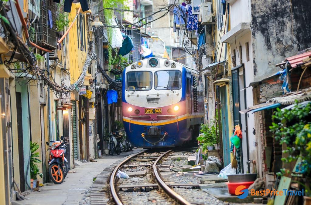 Best of Inspirational Ideas about Hanoi Street Photography - Hanoi Train Street
