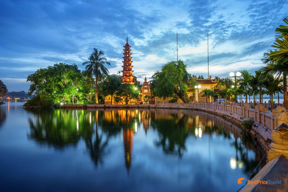 Best of Inspirational Ideas about Hanoi Street Photography - Tran Quoc Pagoda