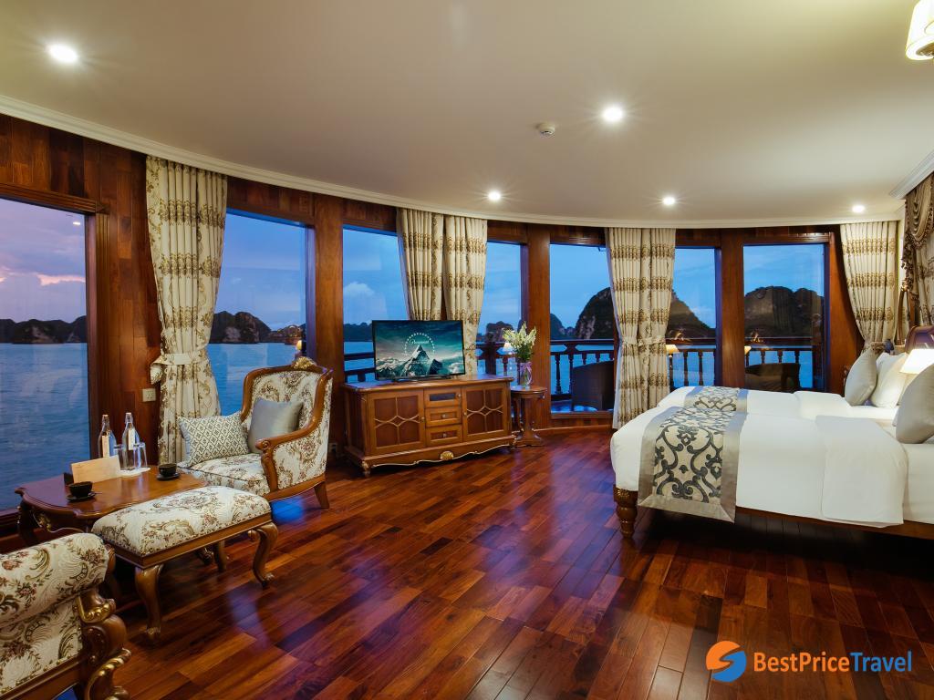 Emperior Cruise - State Suite Cabin