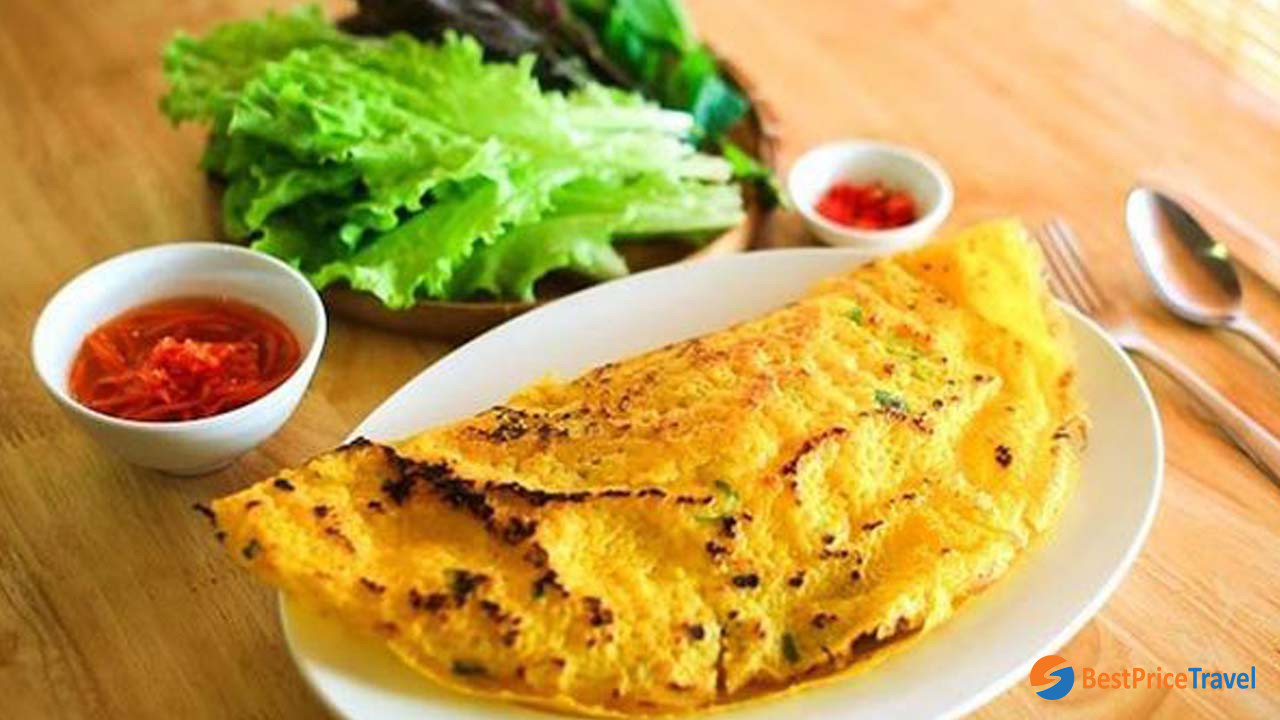Banh xeo is a very special cuisine of Mekong Delta