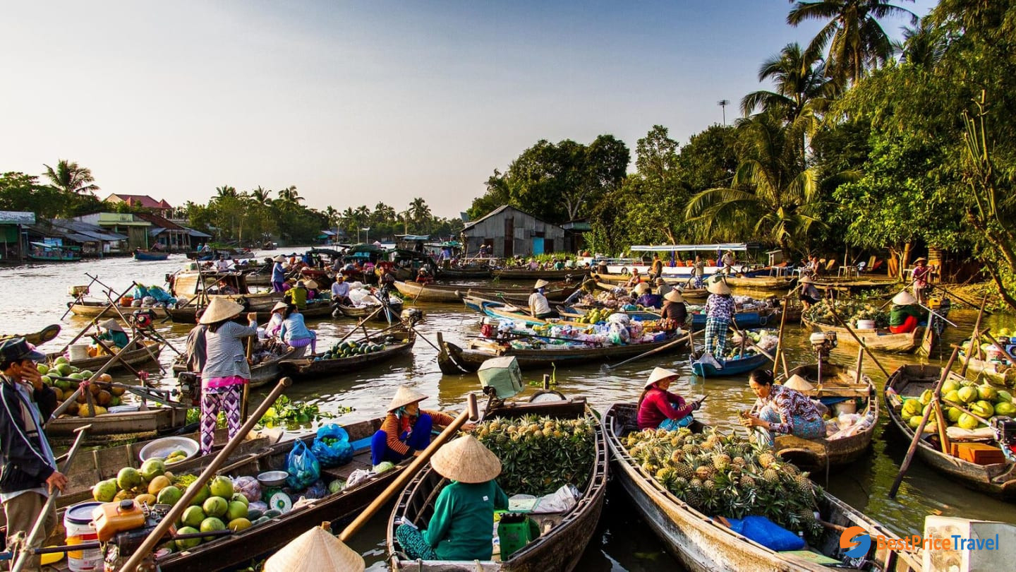 Cai Rang floating market is a must-see place