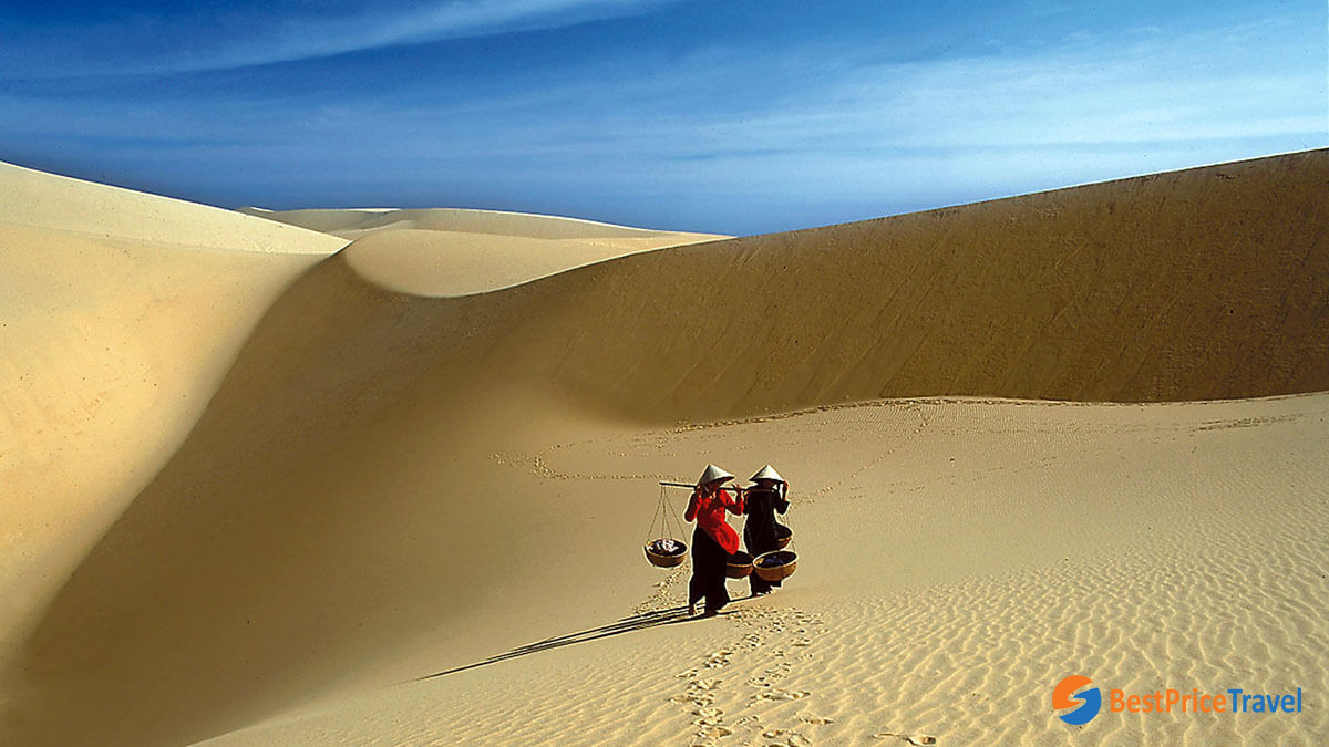 The Red and White Sand Dunes are the most famous attractions in Mui Ne