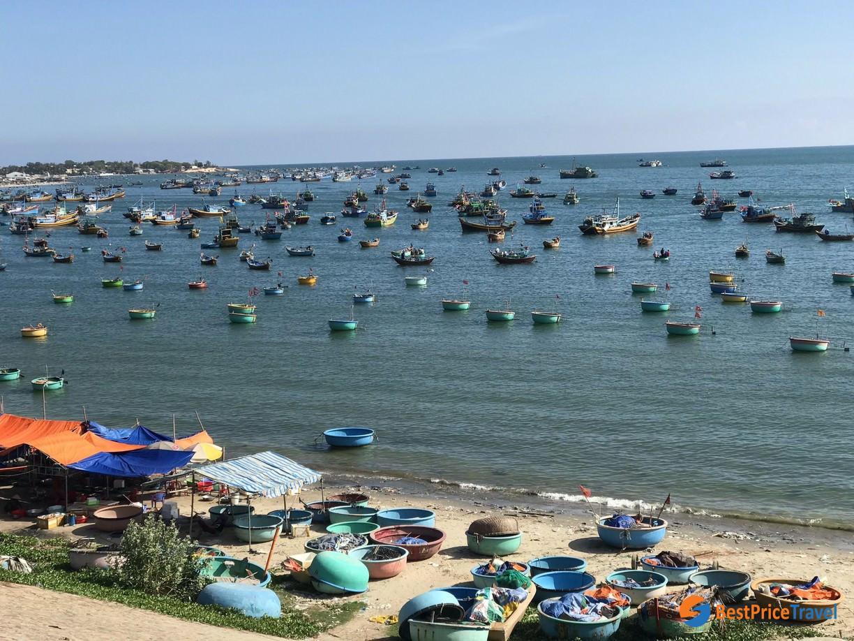 Travellers should visit beautiful Mui Ne fishing village