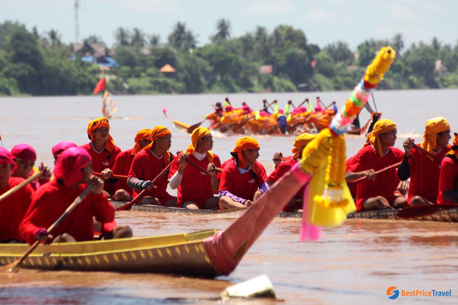 Boat racing in Awk Phansa Festival