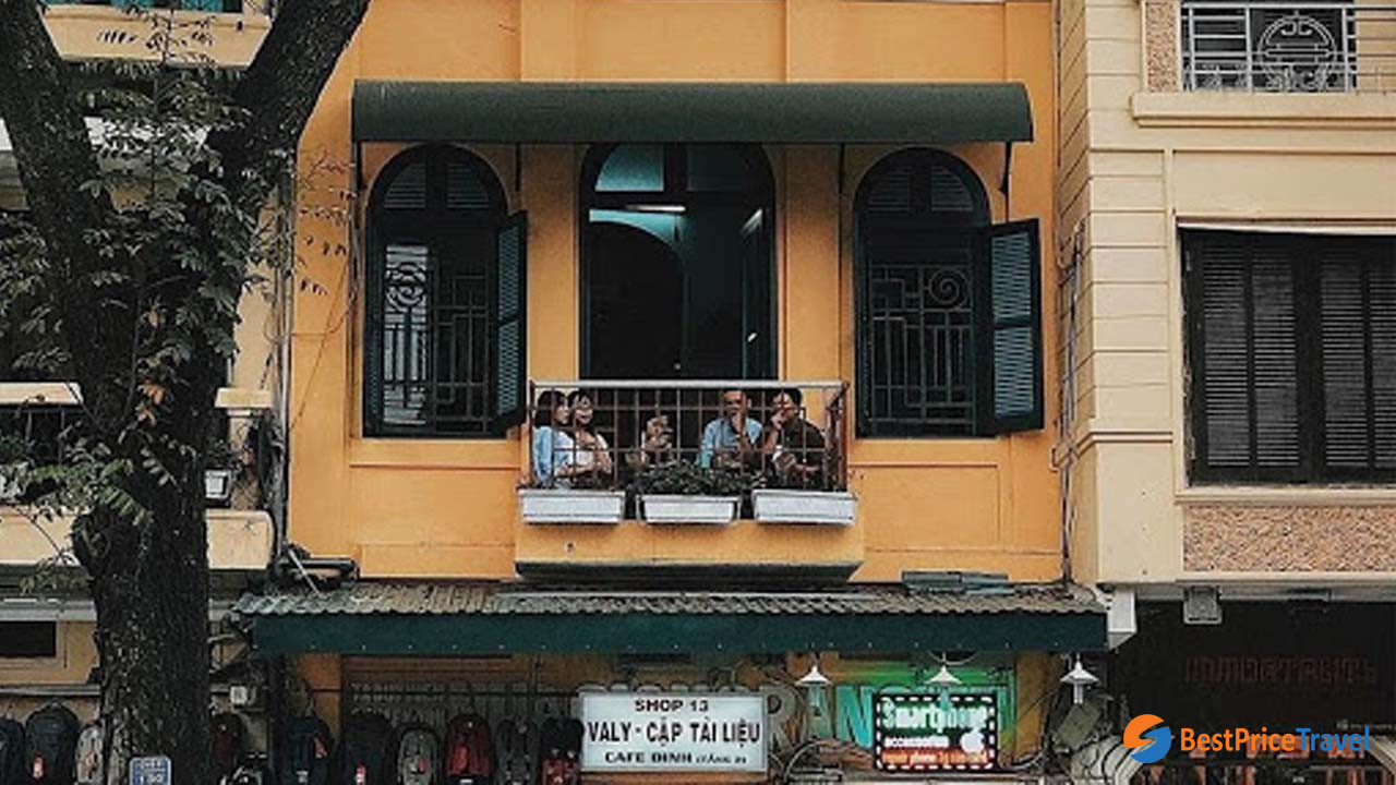 Dinh Cafe