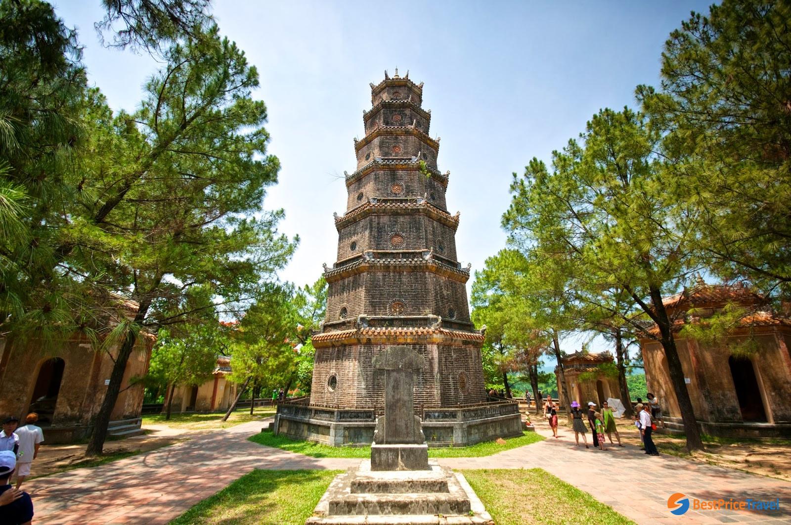 Thien Mu Pagoda has its legend