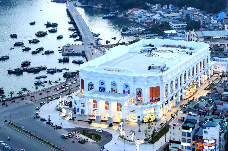 Shopping in Vincom Plaza Halong City