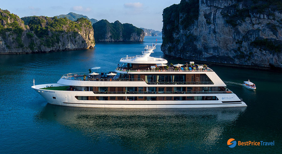 Stellar of the Sea - a typical cruise for 2 days itinerary in halong bay