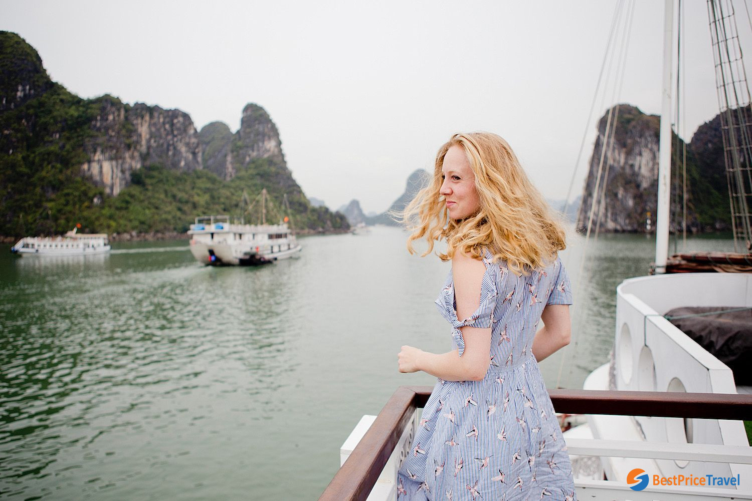 Halong Bay cruise is the best place to take stunning photos