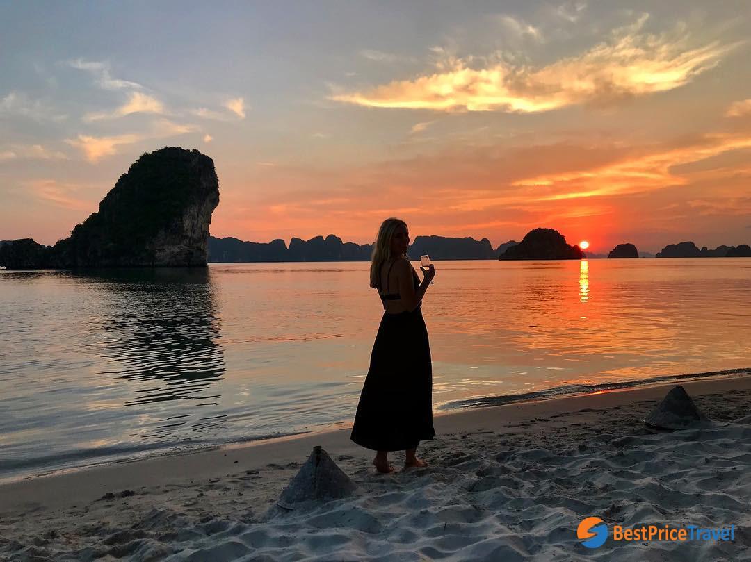 Inspirational photo of Halong Bay sunset