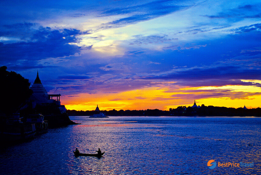 breathtaking sunset at Irrawaddy River