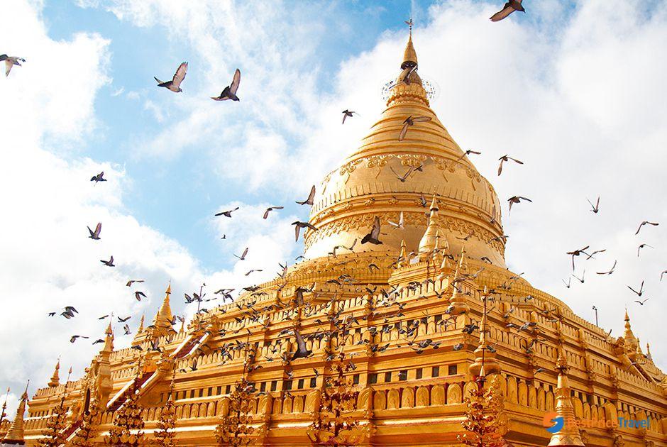 The famous Shwezigon Pagoda in Bagan