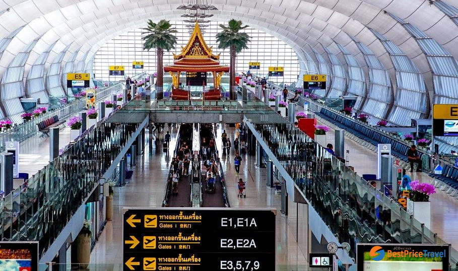 Bangkok Suvarnabhumi Airport is one of the most low-cost airline hubs in Thailand