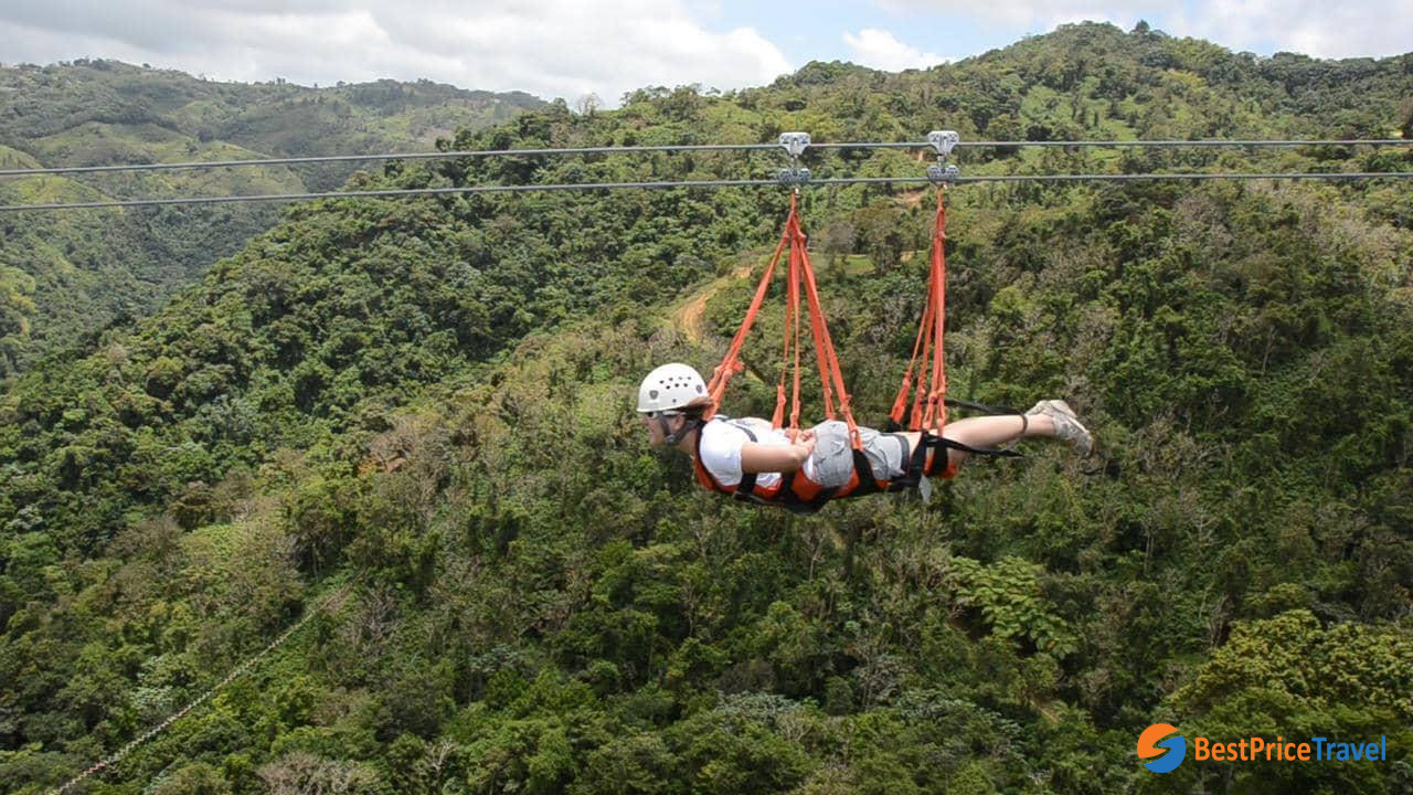 10 Best thing to do in Thailand - Zipline in Chiang Mai