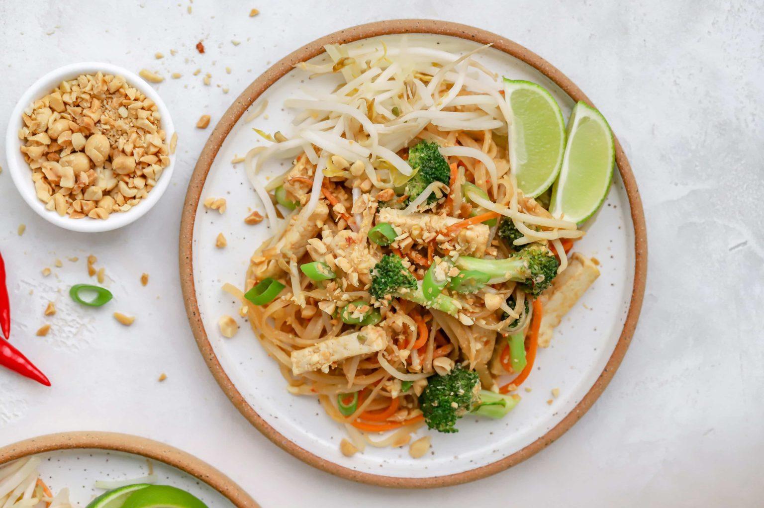 Pad Thai - Top 10 best street food in Thailand