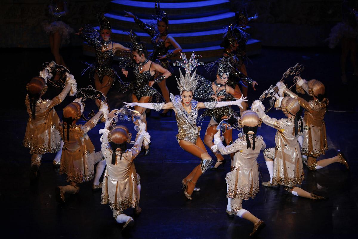 Tiffany's Show performance