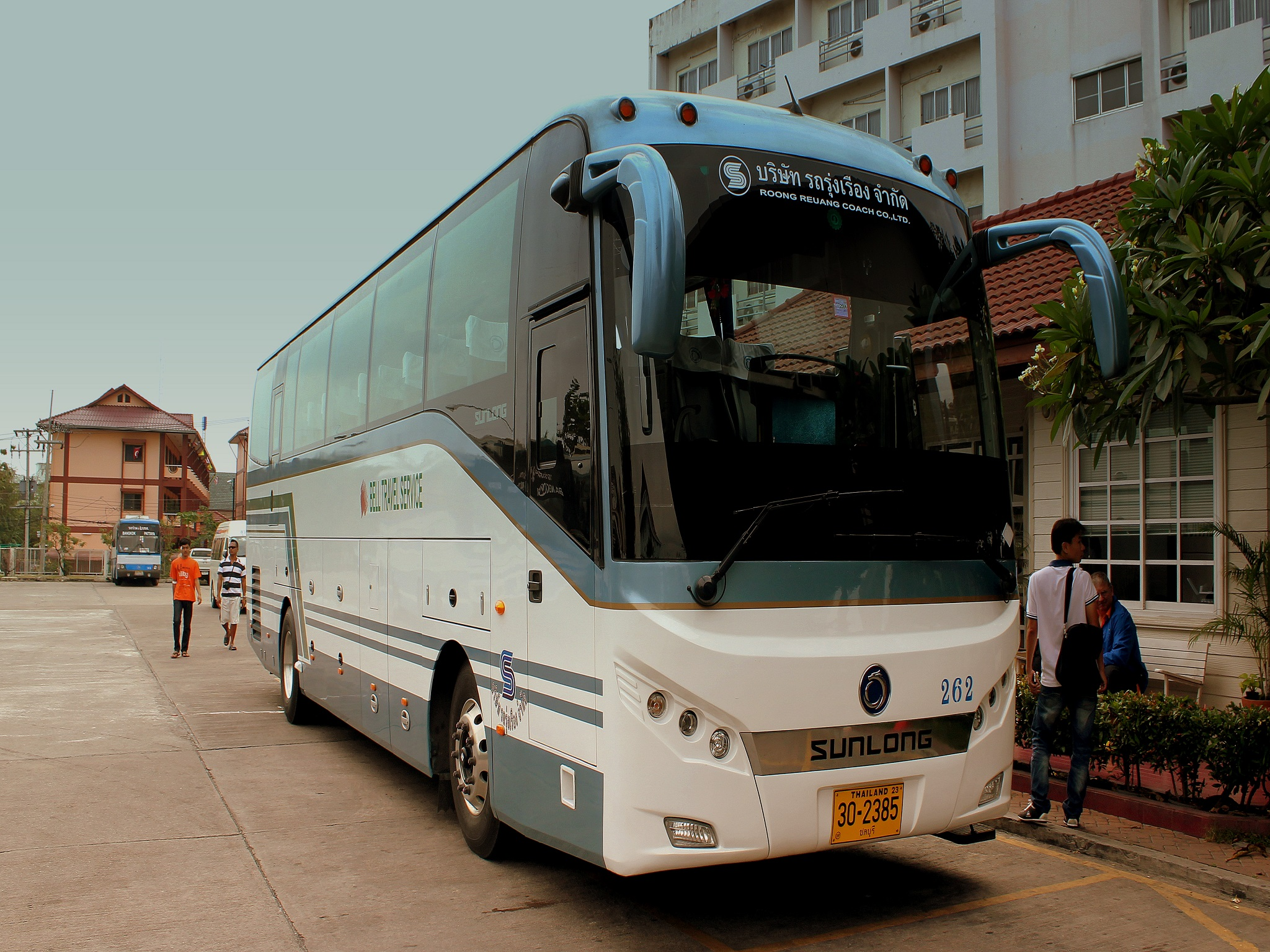 Travelling from Bangkok to Pattaya by shuttle bus