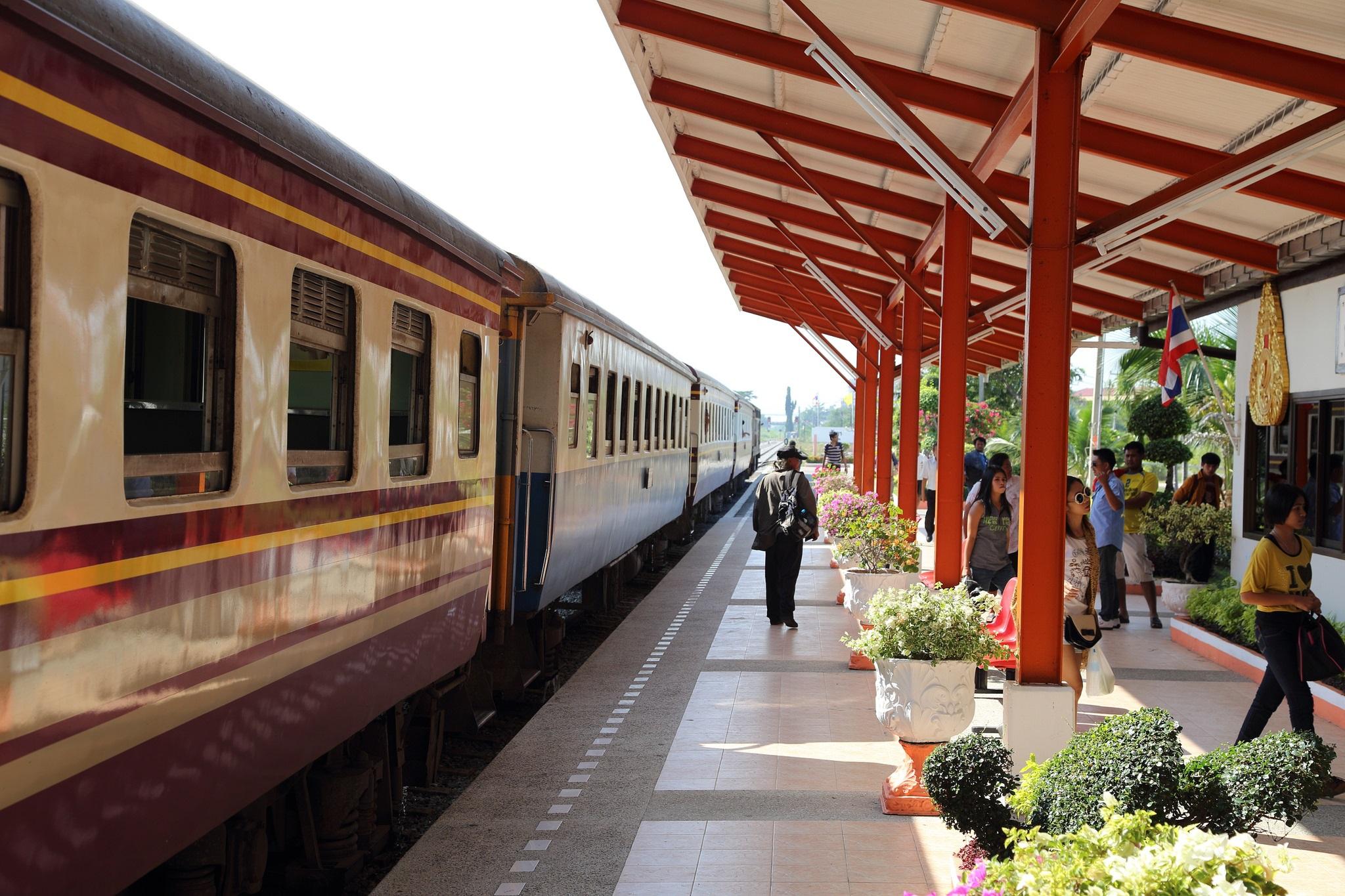 Travelling from Bangkok to Pattaya by train