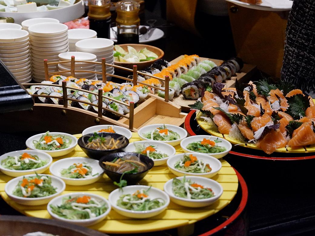 Sen Buffet - Top 20 best restaurants you must give a try in Hanoi