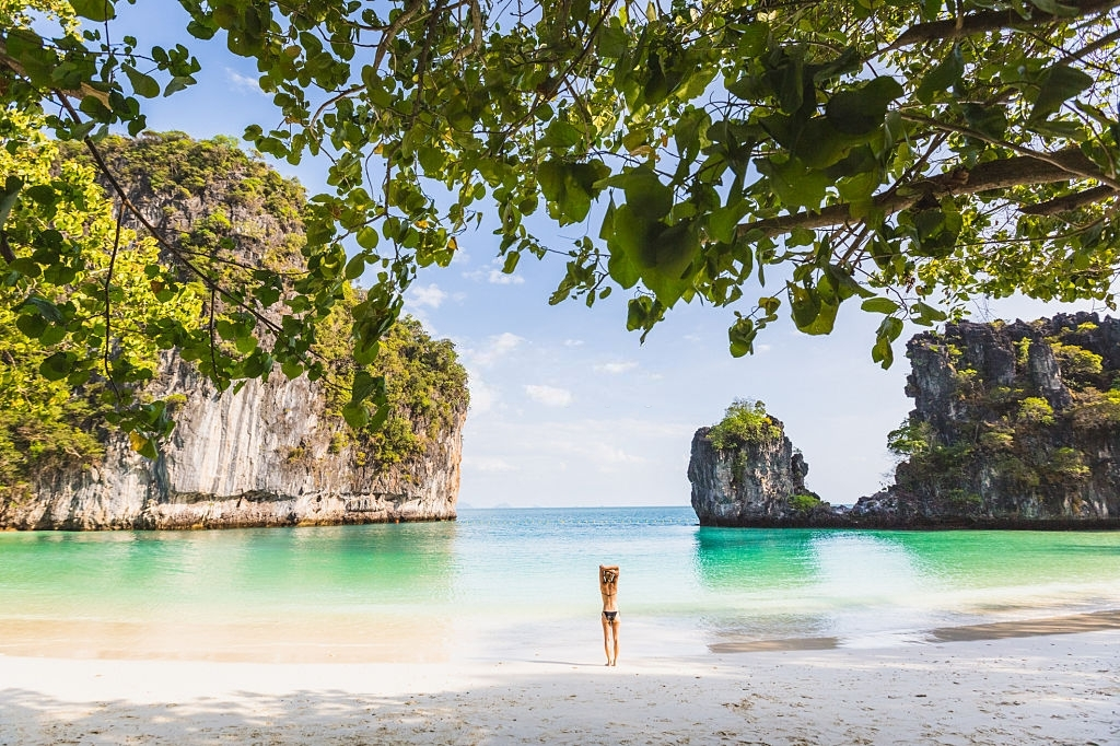 Phuket Beach - Thailand's Weather in April