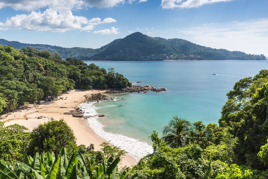 Nov & Dec are the best time to visit Phuket?