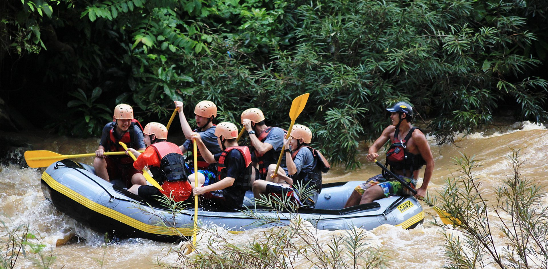 Rafting - Disadvantages of traveling to Thailand in the monsoon season