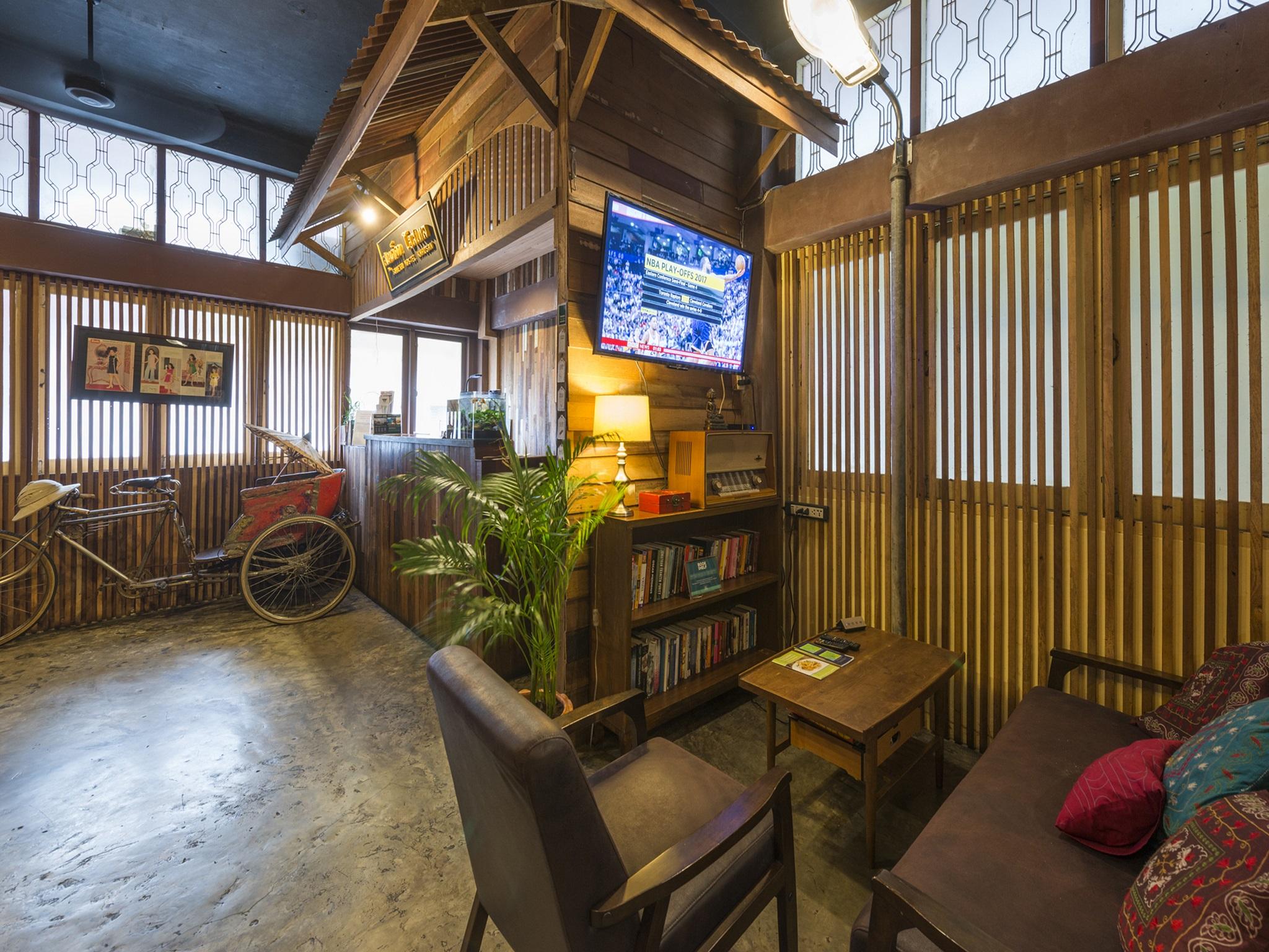 Suneta Hostel Khaosan - Top 9 best hostels in Bangkok