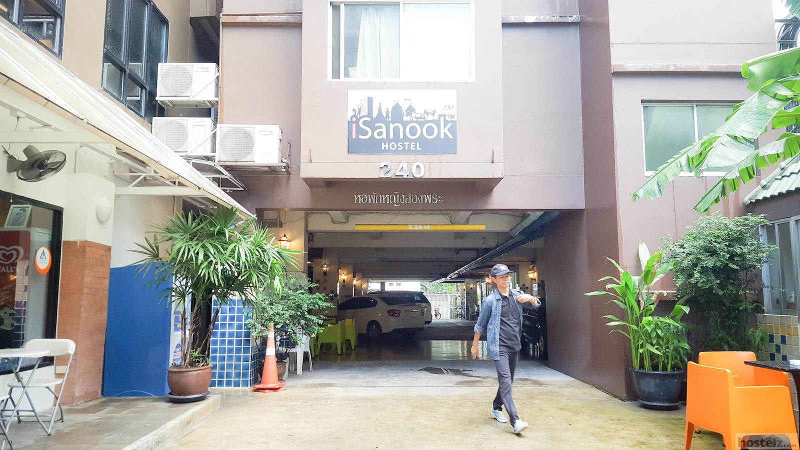 ISanook Hostel - Top 9 best hostels in Bangkok