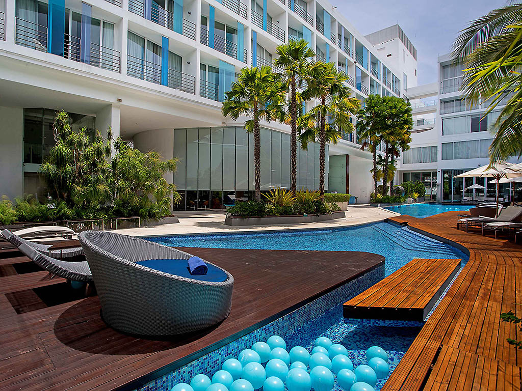 Hotel Baraquda Pattaya - Top 5 best luxury hotels in Pattaya