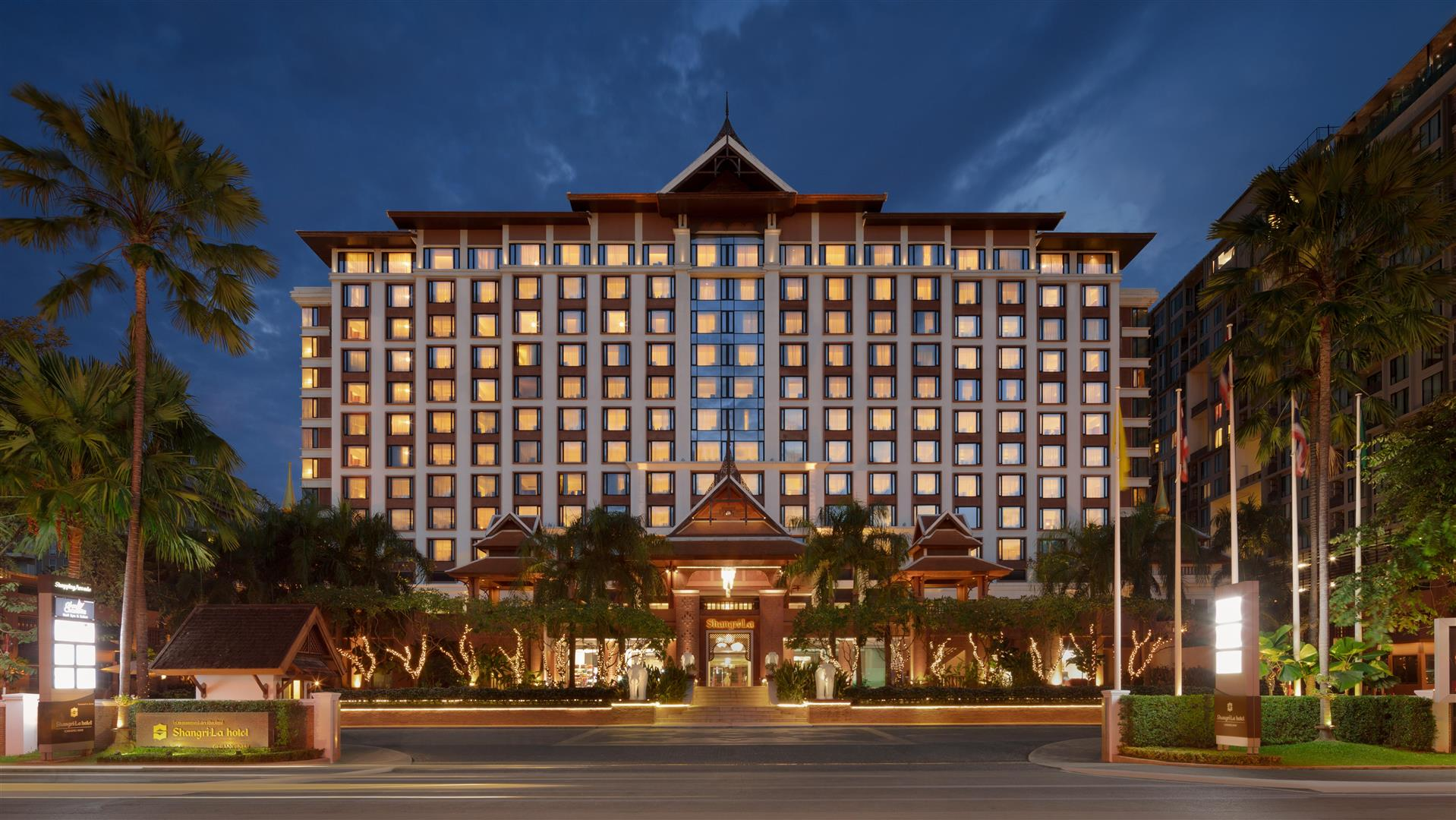 Shangri La Hotel - Top 5 best hotels and resorts in Chiang Mai