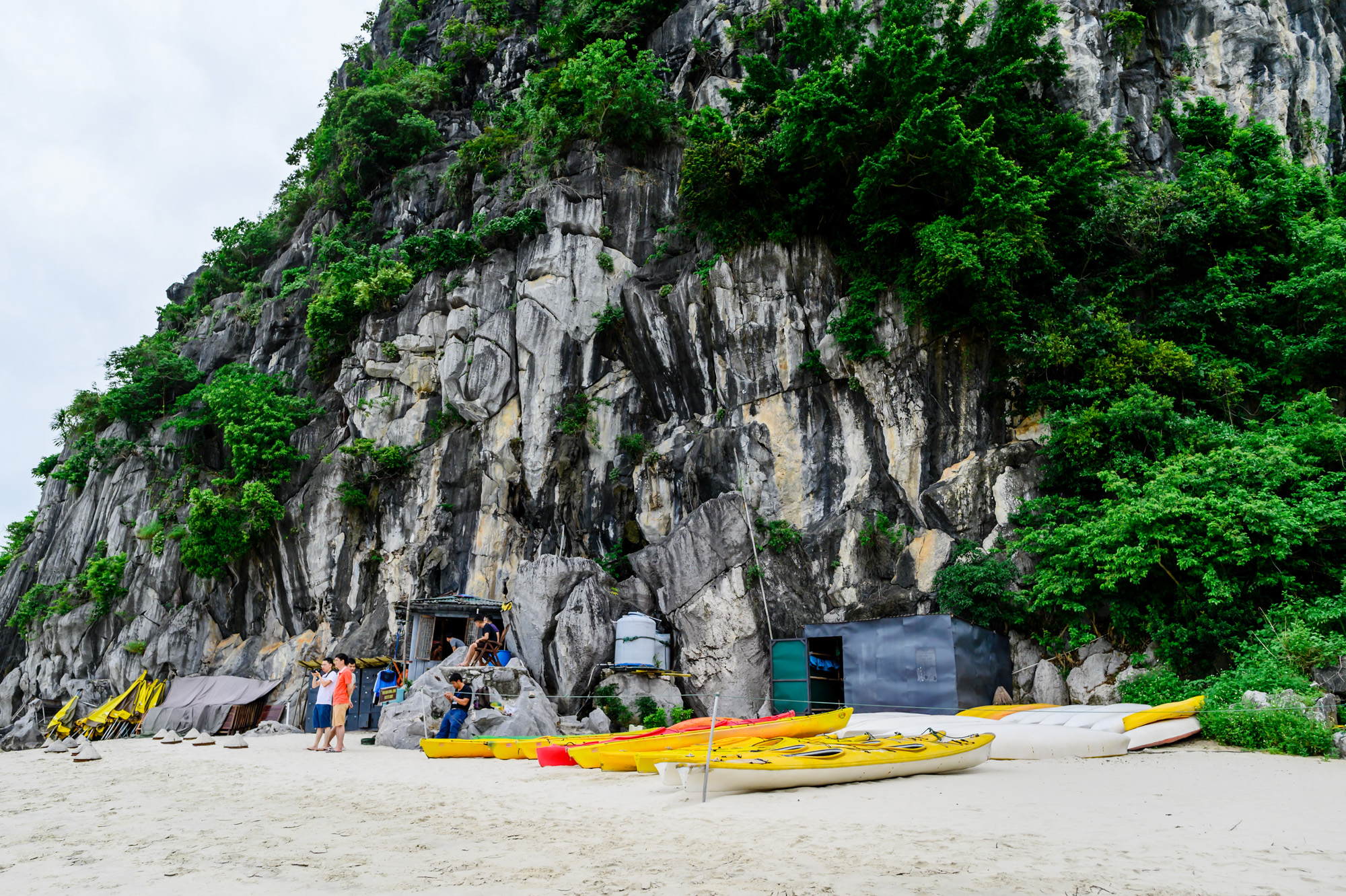 Kayak in Cong Do Area Halong