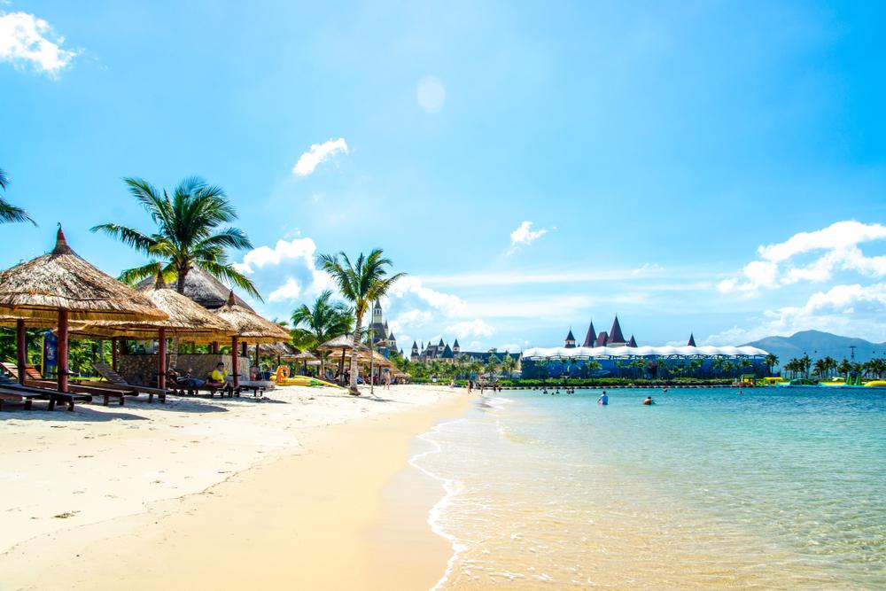 Nha Trang Beach - Traveling to Nha Trang in January