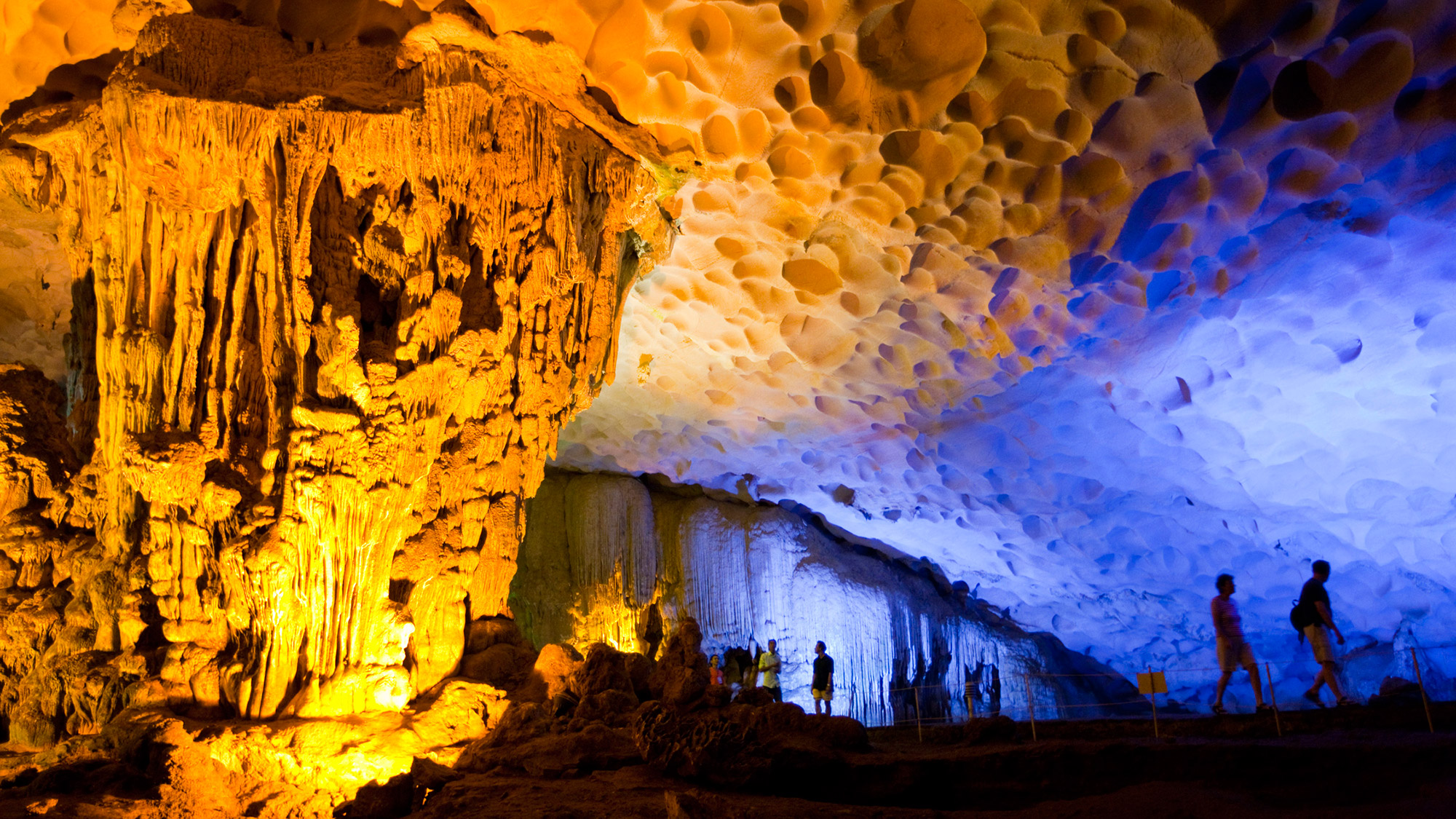 Explore Sung Sot Cave - What to expcect on the best Halong Bay tour for backpackers