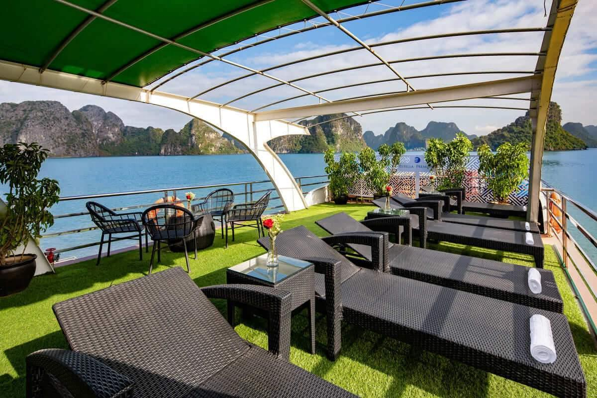 Estella Premium Day Cruise - Halong Bay tour for backpackers