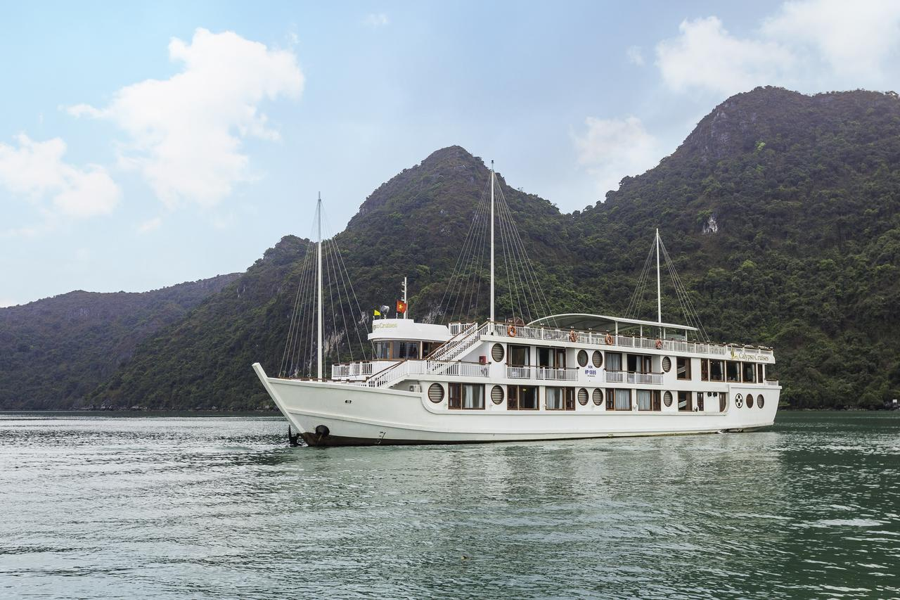 Calypso Cruise - Halong Bay tour for backpackers