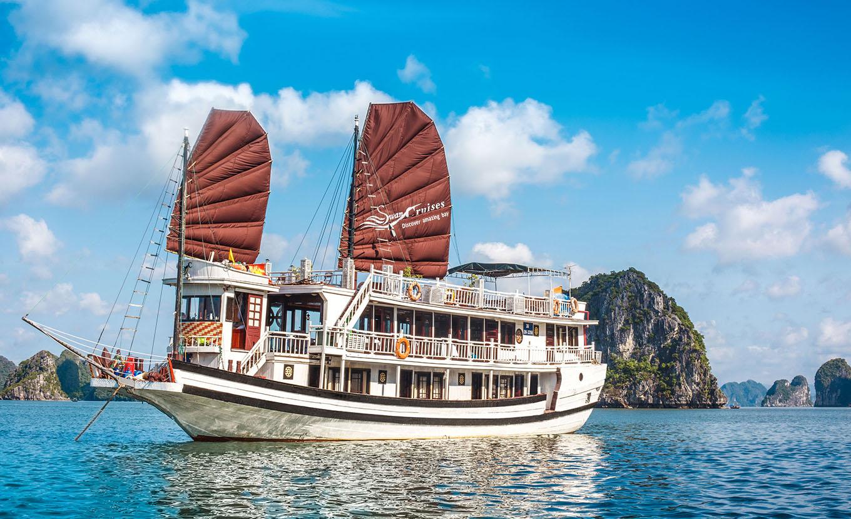 Swan cruise - Halong Bay budget Cruise