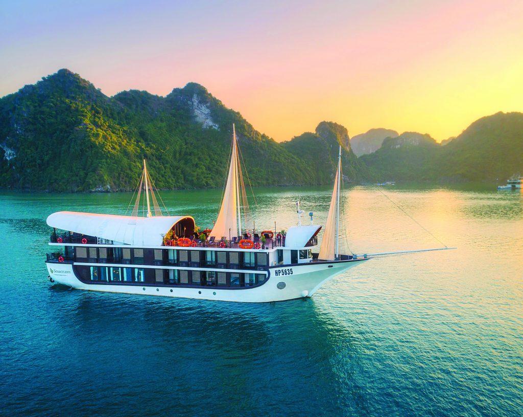 Sena Cruise - Halong Bay budget cruise