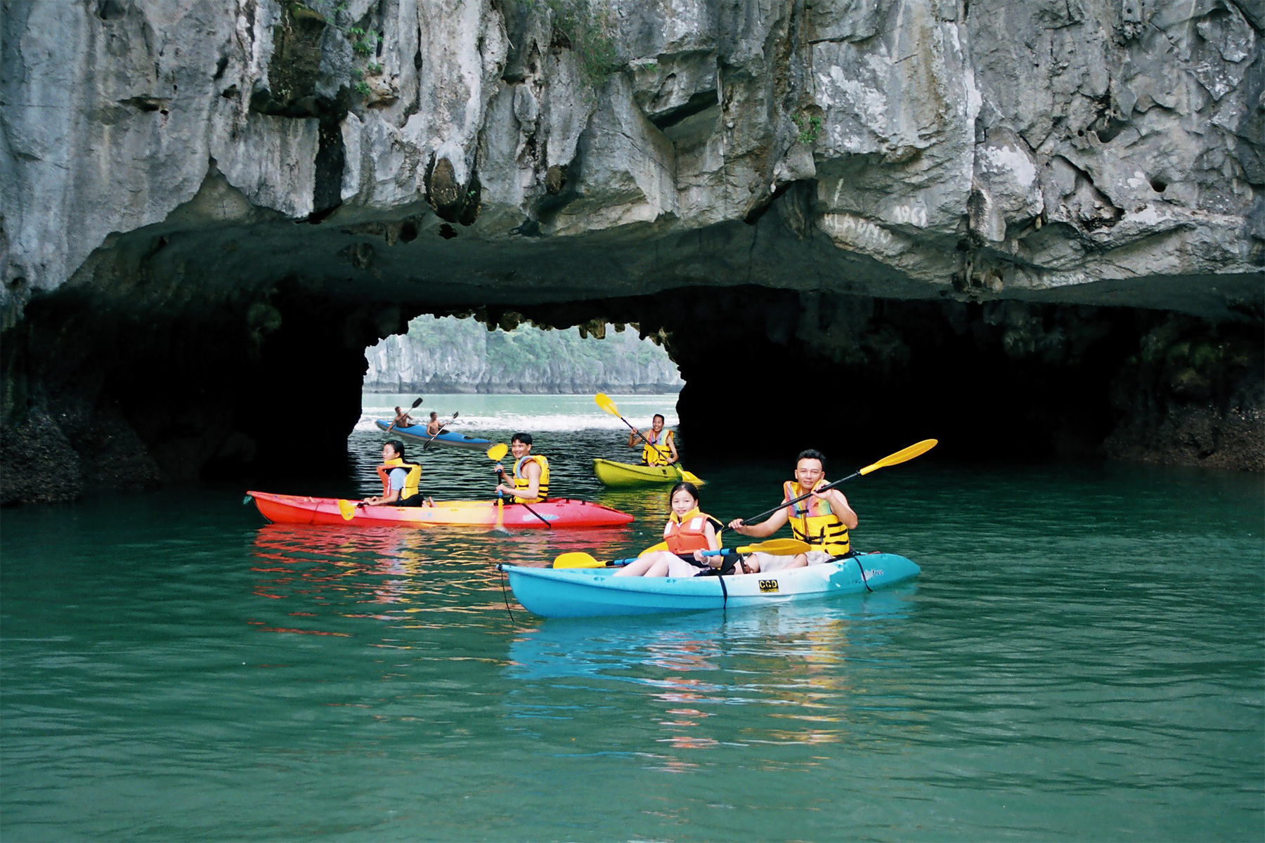 Luon Cave - Halong Bay Cave worth visiting 2020