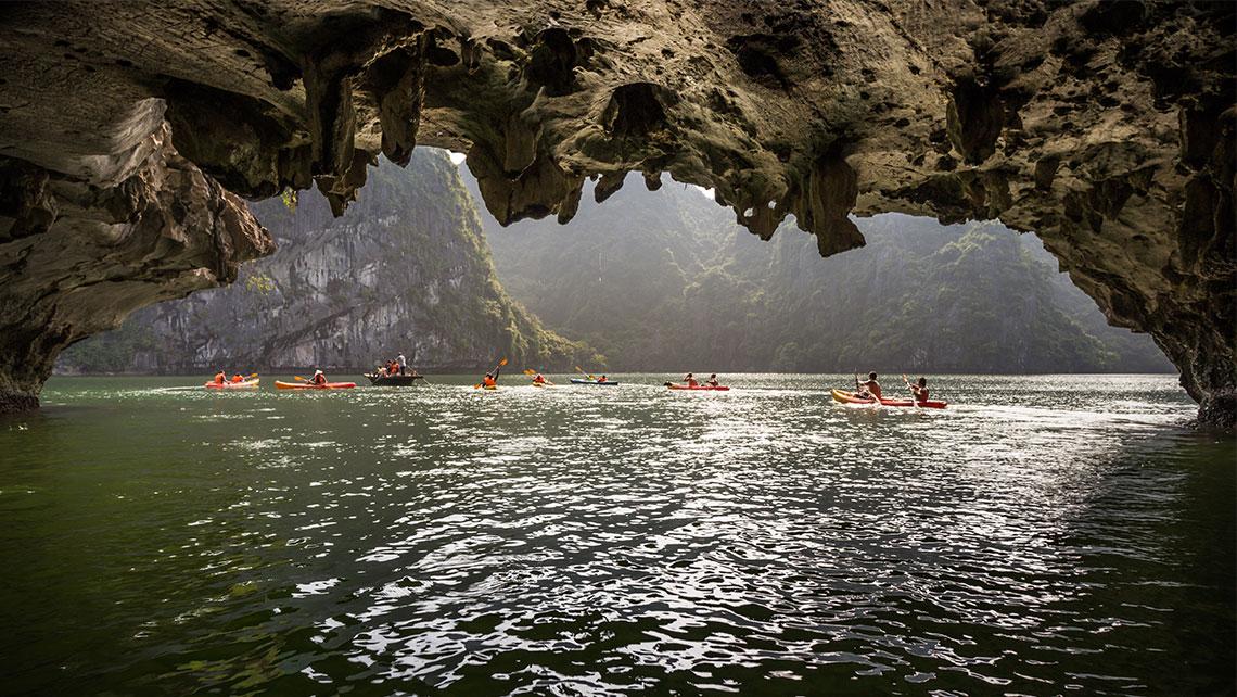 dark and light cave halong bay 2 night itinerary