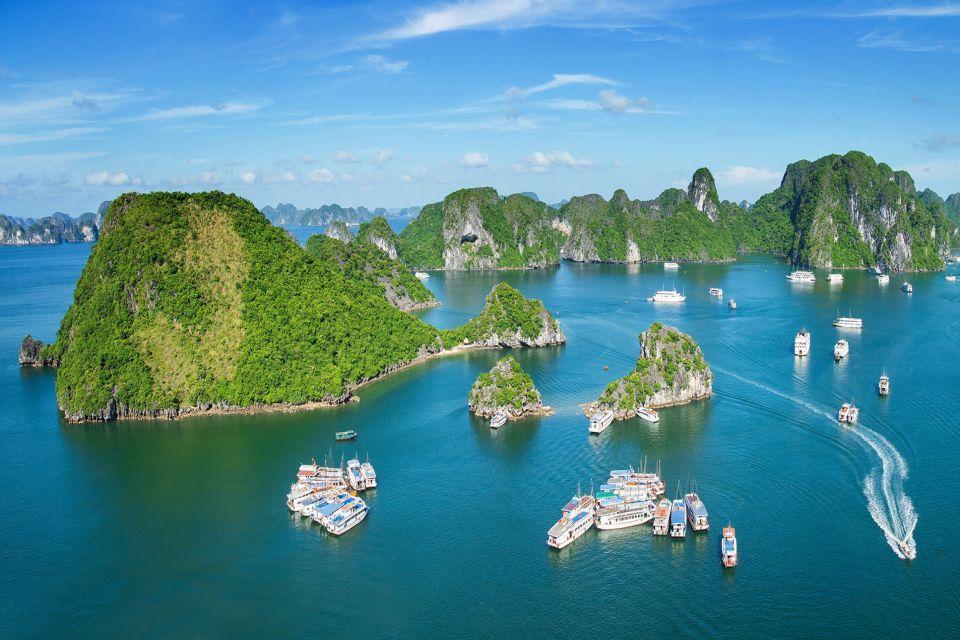 Lan Ha Bay - Halong Bay sightseeing