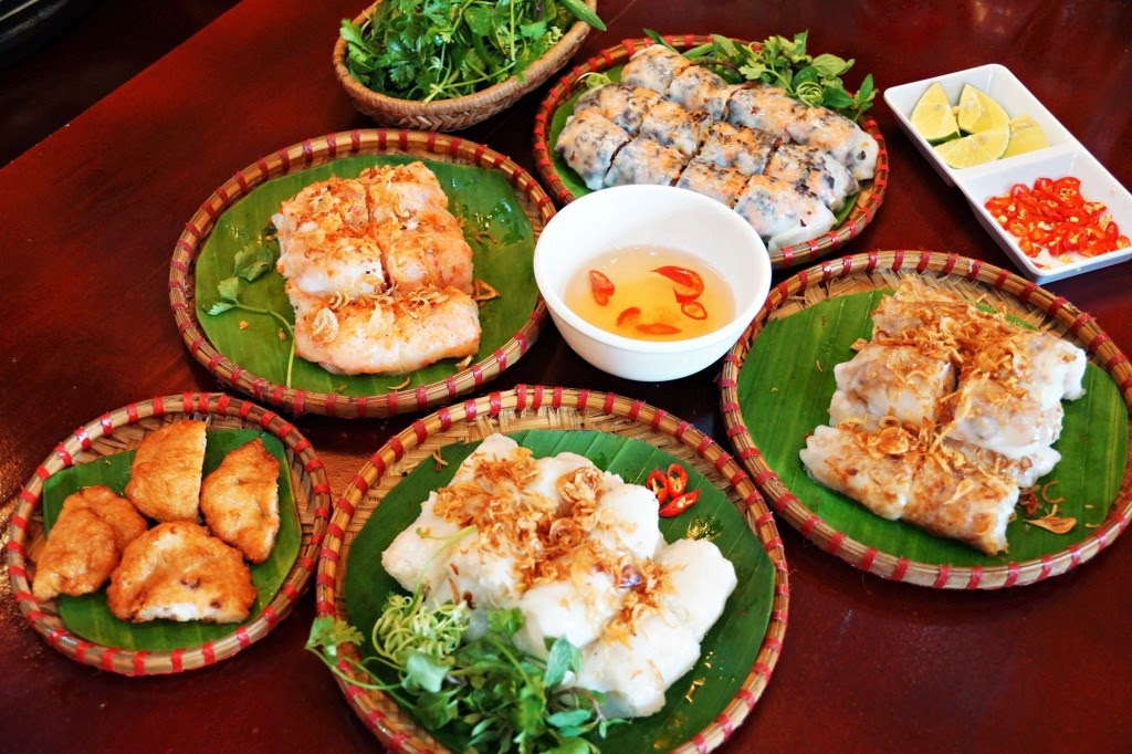 Street food - Top things to do in Halong